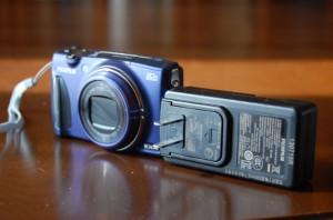 F900EXRと充電器